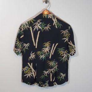 Hilo Hattie   100% Silk Hawaiian Shirt